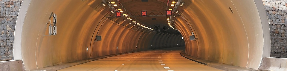 picture of a tunnel
