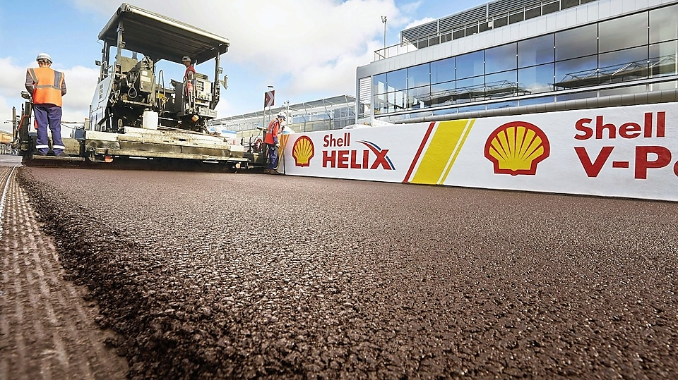 Our polymer modified bitumen solutions | Shell Global