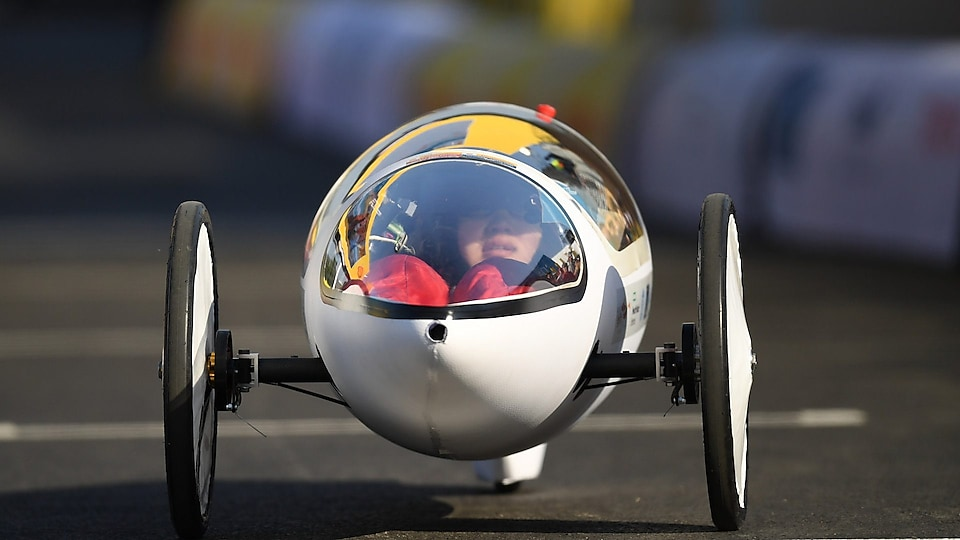 Car on track at Shell Eco-marathon